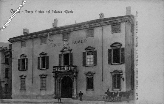 Palazzo Giovio - Via Vittorio Emanuele II